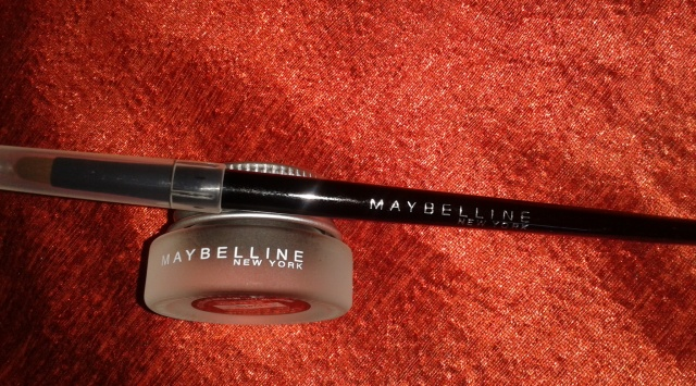 Maybelline Eye Studio Lasting Drama Gel Eye Liner (Shade - Blackest Black)
