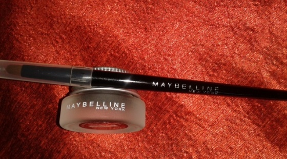 Maybelline Eye Studio Lasting Drama Gel Eye Liner (Shade - Blackest Black)