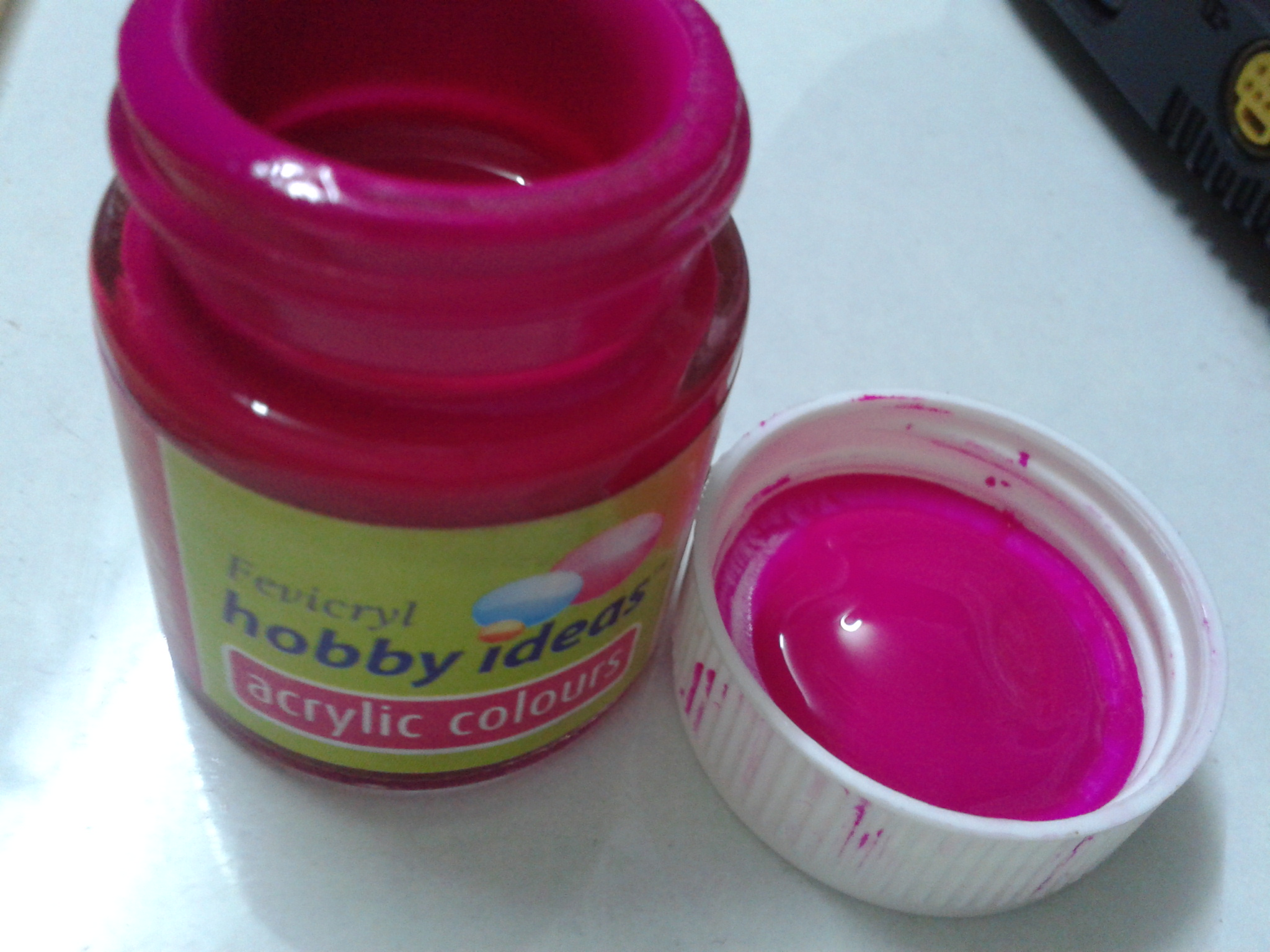Use acrylic paints for designing your nail art the nail for How to paint bottles with acrylic