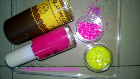 The Glitter in Yellow and Pink Nail Art