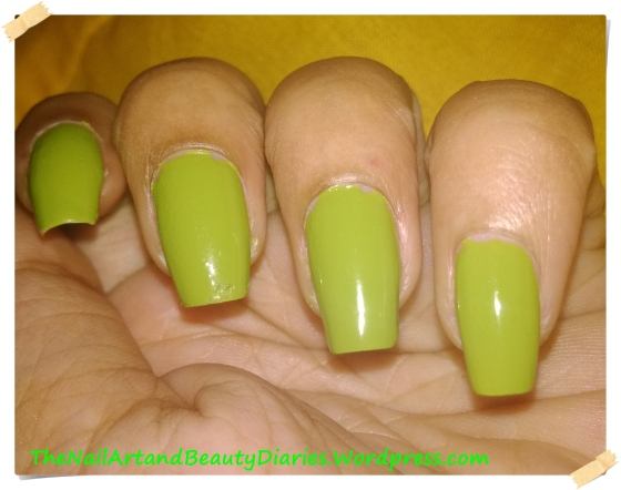 Maybelline ColorShow Mint Mojito Nail Polish Review