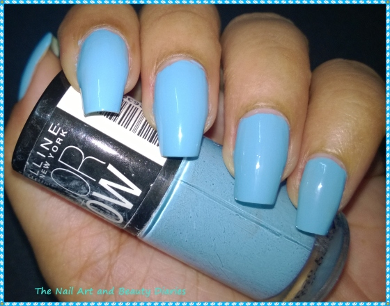 Maybelline ColorShow BlueBerry Ice Nail Polish Review