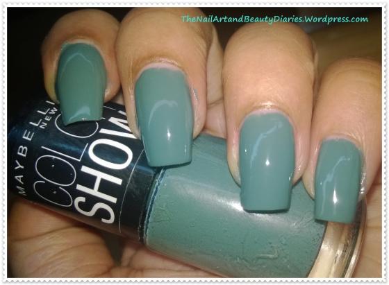 Maybelline ColorShow Fantasea Green Nail Polish Review