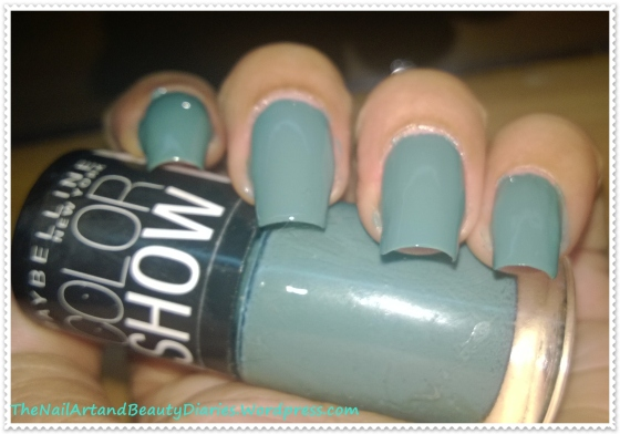 Maybelline ColorShow Fantasea Green Nail Polish Review
