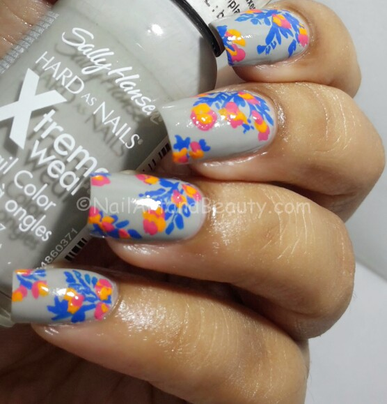 Free Hand Floral Twin Nails