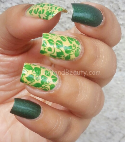 Leafy Summer Nails