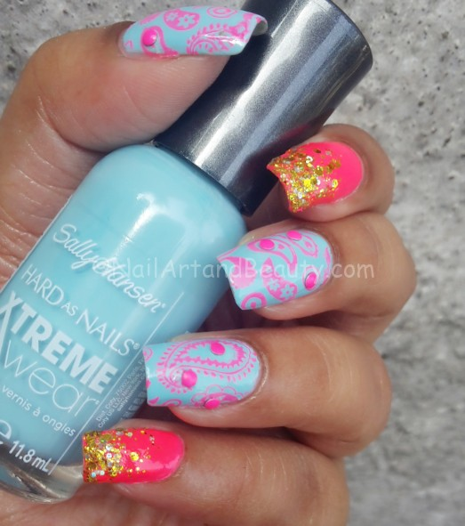 Summer Paisely Nail Art
