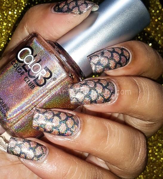 Holograhic Mermaid Nails