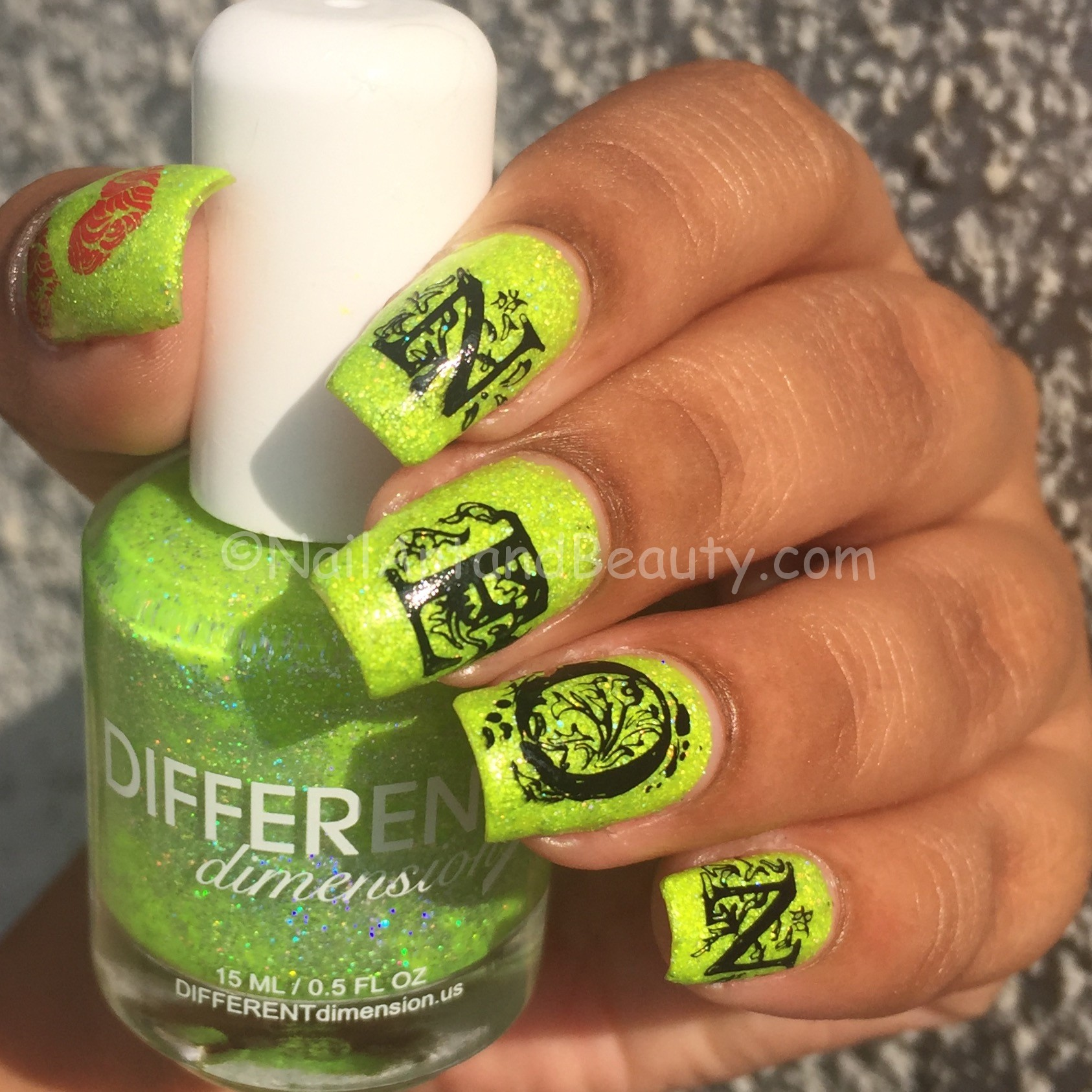 love-neon-nails-on-different-dimension-soak-up-in-sun