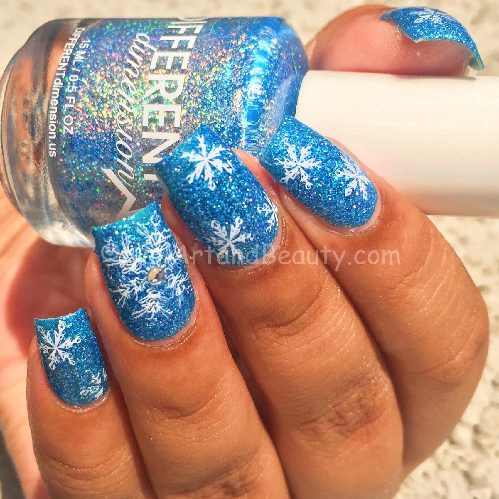 snowflakes-nails