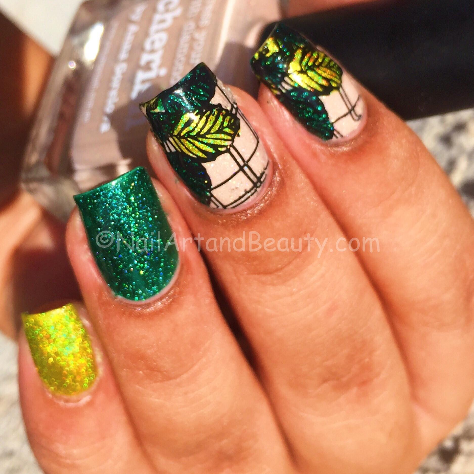 Leafy Holo Nails